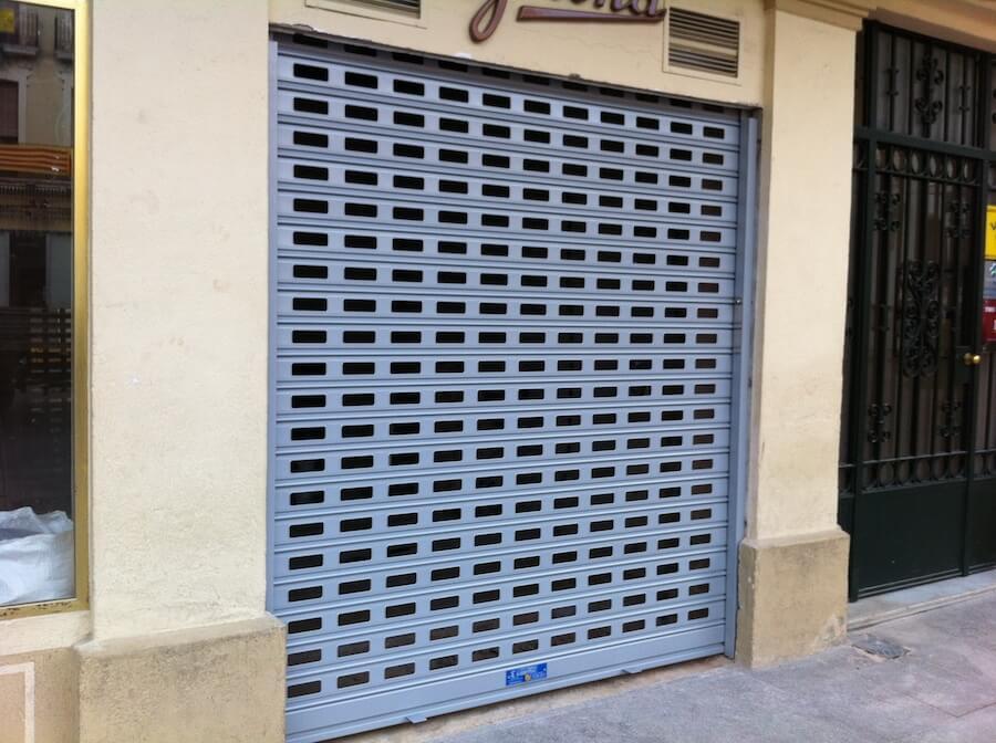 Puertas Metálicas Enrollables chapa Perforadas
