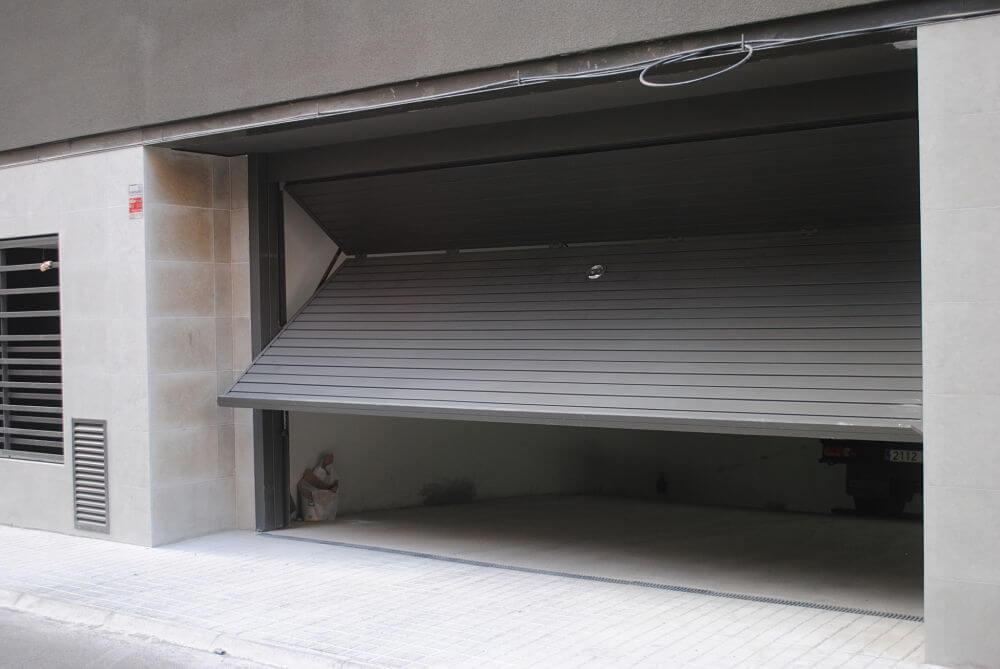 Puerta Basculante Parking - Garaje