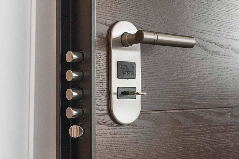 como-elegir-puerta-seguridad-vivienda-negocio-puerta-blindada