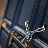 puerta-antiokupa