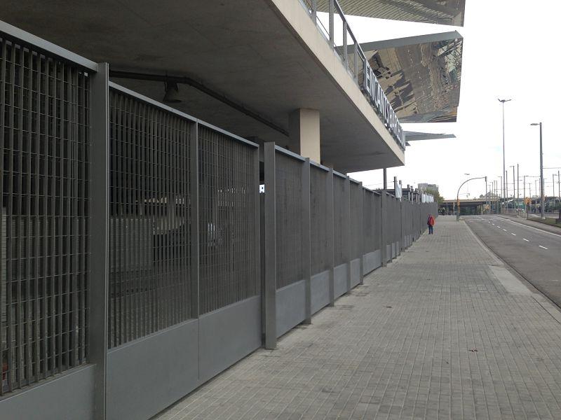 Puertas metálicas Encants Vells Barcelona