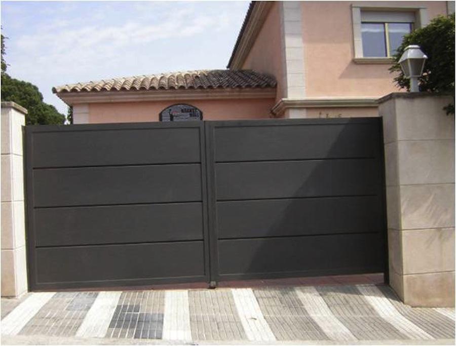 Puertas Batientes para garajes